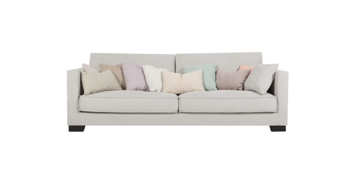 sits_sofa_cloud_1